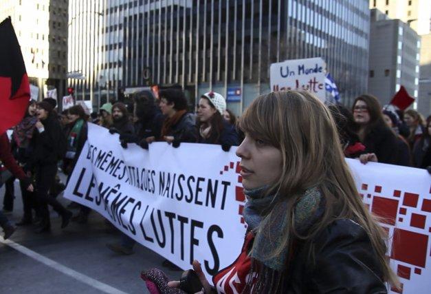 Image tirée du documentaire Carré rouge sur fond... (Photo: fournie par Les films du 3 mars)