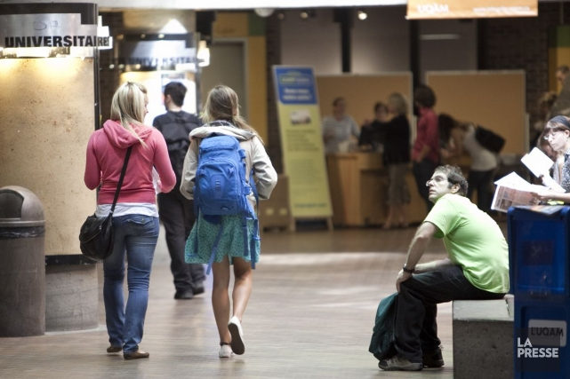 Q«Est-ce que les bourses d'études sont imposables?» - Marie (Photo Marco Campanozzi, Archives La Presse)