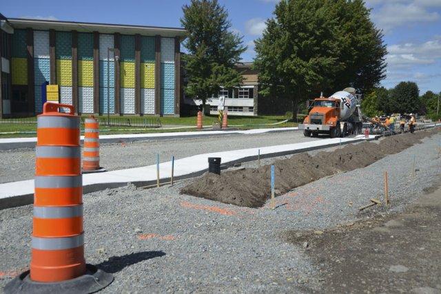 Le chantier en cours sur un segment de... (photo Maxime Sauvage)