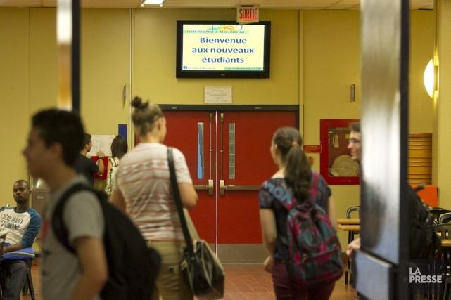 Selon la Fédération nationale des enseignants du Québec... (PHOTO HUGO-SÉBASTIEN AUBERT, LA PRESSE)