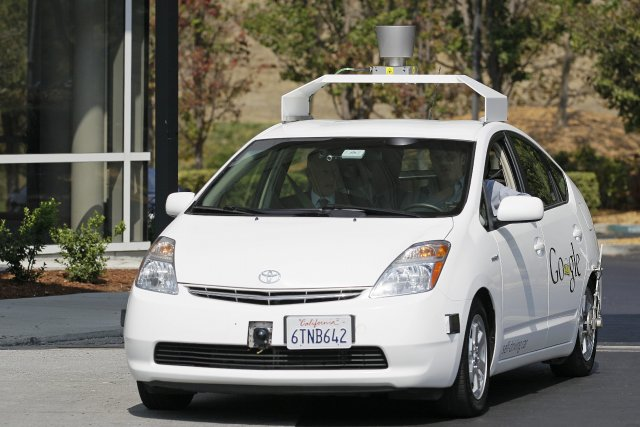 Une Prius autopilotée avec la technologie Google.... (Photo archives AP)