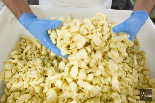 Plusieurs fromages en grains de la région couverte par La Tribune se trouvent... (Archives La Presse)