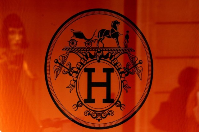 Le logo du groupe Hermès.... (PHOTO JACKY NAEGELEN, REUTERS)