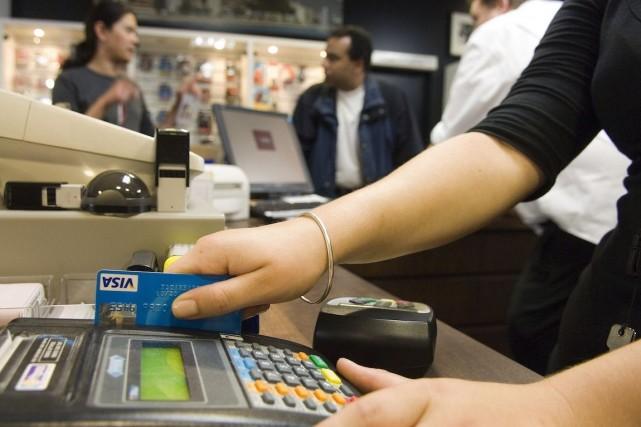 Au deuxième trimestre, la consommation réelle des ménages... (Photo Mark Coote, archives Bloomberg)