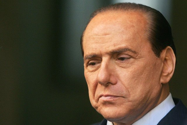 Silvio Berlusconi... (PHOTO GIULIO NAPOLITANO, ARCHIVES AGENCE FRANCE PRESSE)