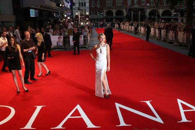 Naomi Watts lors de la première du film... (Photo Joel Ryan, AP)