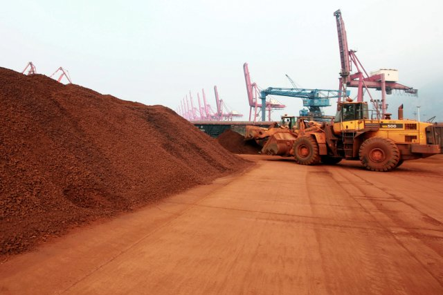 «Les métaux lourds et les radionucléides associés aux... (PHOTO ARCHIVES AFP)