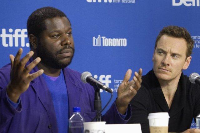 Le directeur Steve McQueen (à gauche) et l'acteur... (PHOTO FRED THORNHILL, REUTERS)