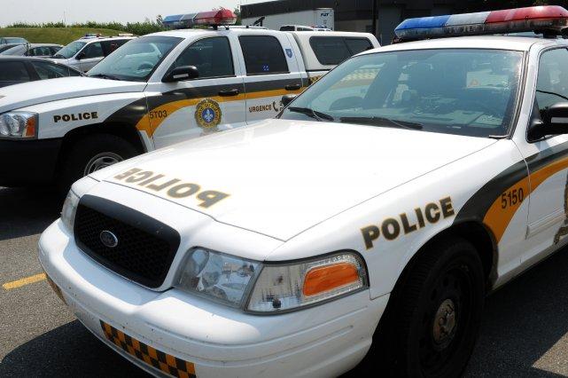 Les policiers de la Sûreté du Québec ont reçu un appel vers 17 h samedi soir,... (Archives, La Tribune)