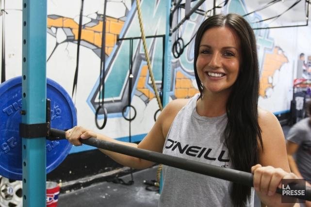 Stéfanie Derome, passionnée d'entraînement physique, a fondé le... (PHOTO BÉNÉDICTE MILLAUD, LA PRESSE)