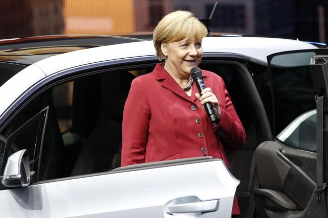 Dix jours avant sa réélection pour un 3e... (Photo Reuters)