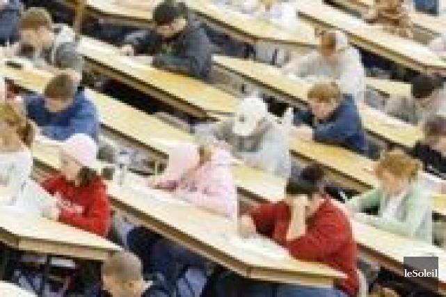 Avec un taux de réussite de 93%, les élèves de 10e année du Conseil des écoles... (Photothèque Le Soleil)