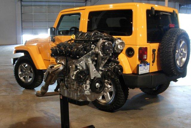 Le V6 Pentastar de 3,6 litres offert ici.... (Photo Éric Descarries, collaboration spéciale)