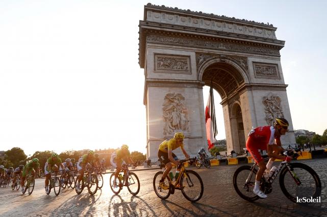 L'Arc de Triomphe à Paris... (Photothèque Le Soleil)