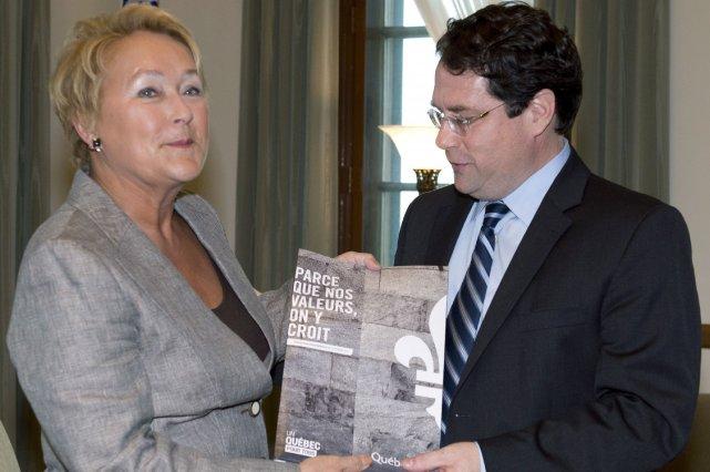 La première ministre, Pauline Marois, et Bernard Drainville,ministre... (Photo Jacques Boissinot, La Presse canadienne)