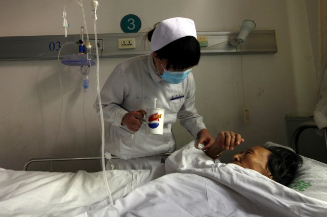 Un patient chinois atteint du HIV.... (Photo archives Reuters)
