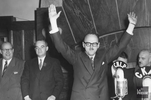 Aussitôt après son élection, en septembre 1954, le... (Photo Lucien Desjardins, Archives La Presse)