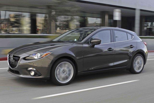 Les ventes de la Mazda3 ont accusé un... (Photo Éric LeFrançois, collaboration spéciale)