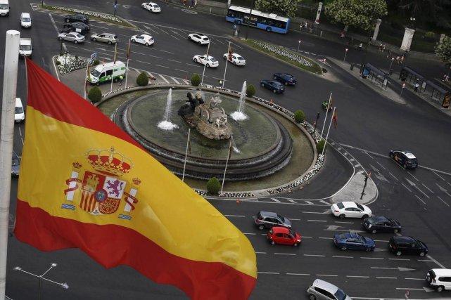 Même si la Banque d'Espagne se montrait jeudi... (PHOTO SERGIO PEREZ, ARCHIVES REUTERS)