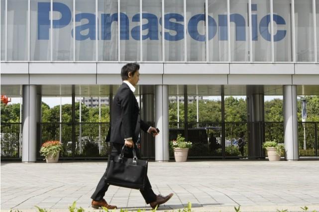 Le géant japonais de l'électronique Panasonic a annoncé mercredi soir la... (Photo archives AP)