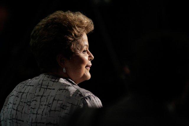 Dimanche, la présidente du Brésil DilmaRousseff a annoncé... (Photo: AP)