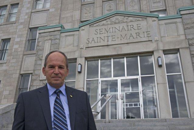 Le directeur général du Séminaire Sainte-Marie, Richard Gaudreault,... (Photo: Stéphane Lessard)