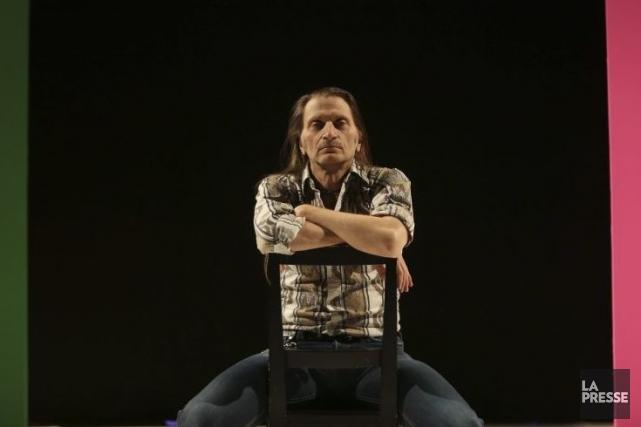 Dans Prismes, Benoît Lachambre veut libérer le corps... (Photo: Martin Chamberland, La Presse)