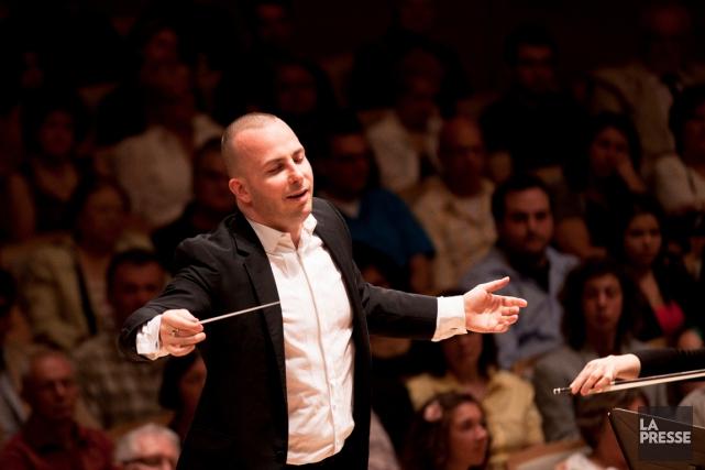 Le chef d'orchestre Yannick Nézet-Séguin dirige l'Orchestre Métropolitain.... (PHOTO ARCHIVES LA PRESSE, FOURNIE PAR L'ORCHESTRE MÉTROPOLITAIN)