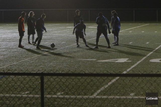 Le FC Gatineau a vu ses chances de terminer au premier rang de la Première... (SIMON SÉGUIN-BERTRAND, Archives LeDroit)