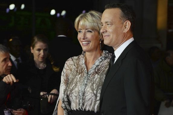 Tom Hanks et Emma Thompson � leur arriv�e... (BEN STANSALL)