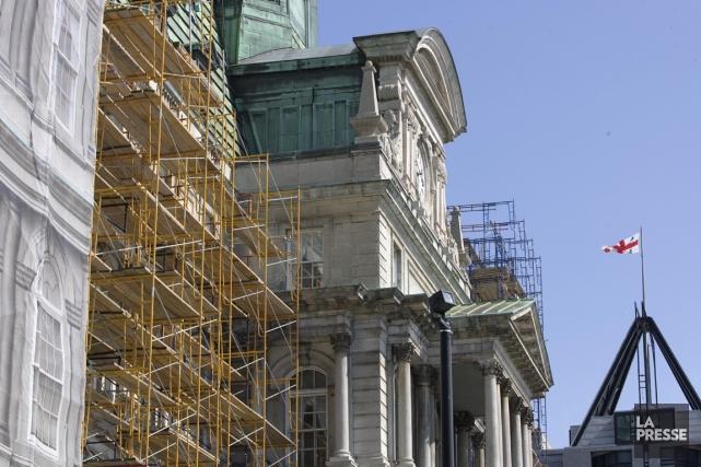 Chantier lors de la réfection de la toiture... (Photo Archives La Presse)
