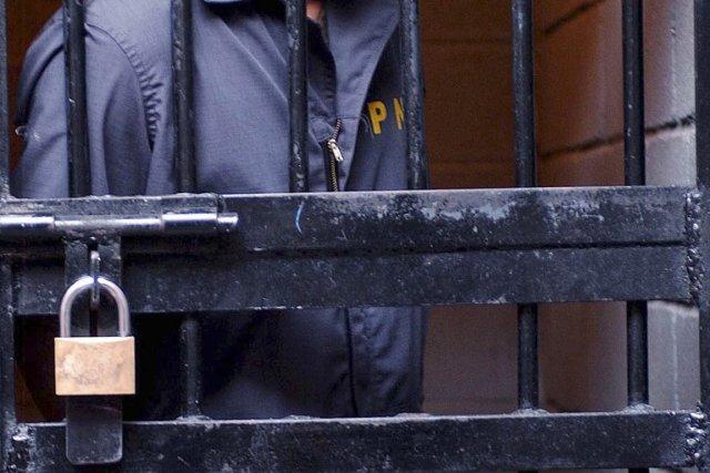 Les prisonniers, qui ont été condamnés par la... (PHOTO GINETTE RIQUELME, ARCHIVES AP)