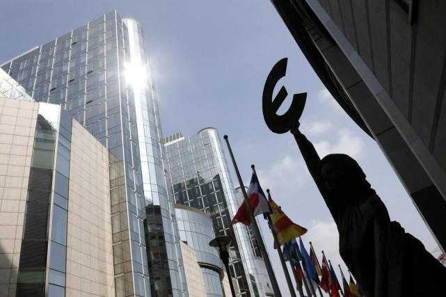 Les États-Unis et l'Union européenne ont entamé ces... (Photo Francois Lenoir, archives Reuters)