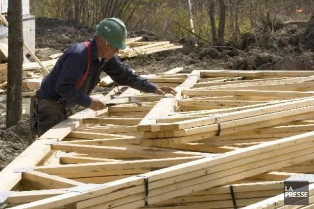 Le rythme des mises en chantier d'habitations au Canada a dépassé les attentes... (Photo Armand Trottier, archives La Presse)