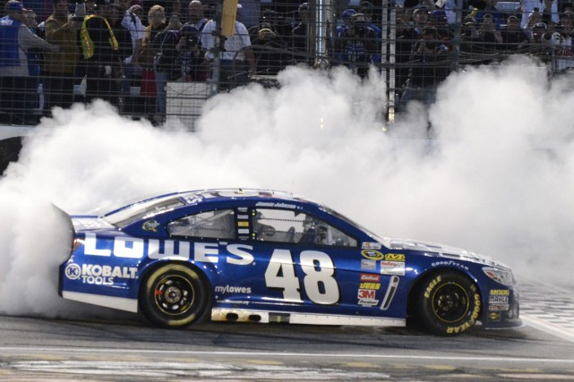 Jimmie Johnson... (Photo Larry Papke, AP)