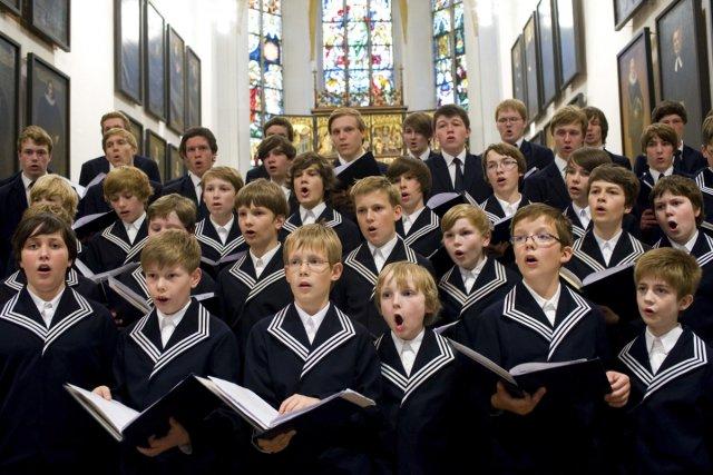 Le célèbre Thomanerchor, le choeur de 40 garçons...