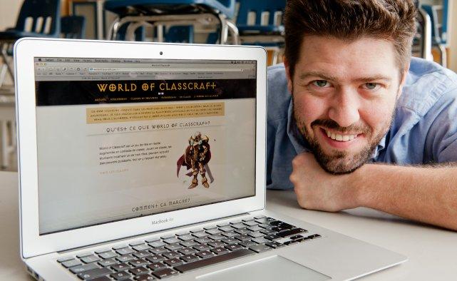 L'enseignant Shawn Young, du Salésien, et son jeu... (Imacom, Jessica Garneau)