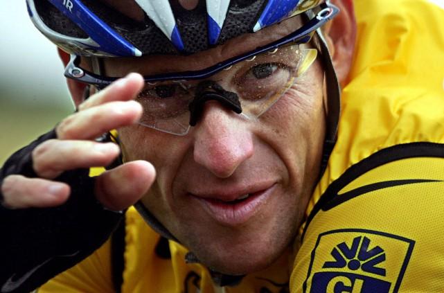 À plusieurs reprises, l'UCI n'a pas appliqué ses... (Archives, Agence France-Presse)