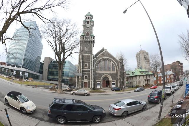 L'église Saint-Coeur-de-Marie est située sur la Grande Allée... (Photothèque Le Soleil, Patrice Laroche)