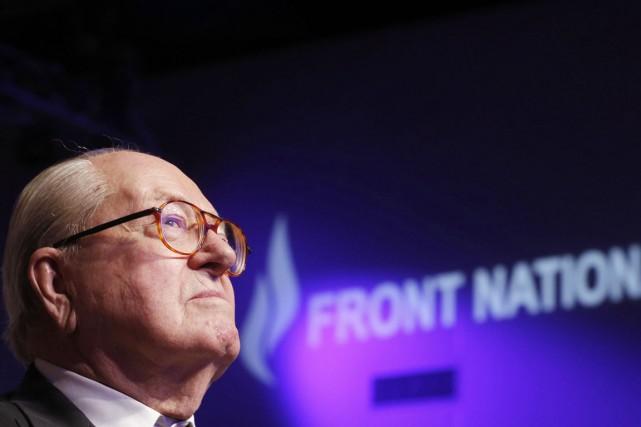 Le fondateur et président d'honneur du FN, Jean-Marie... (PHOTO CHIRSTIAN HARTMANN, REUTERS)