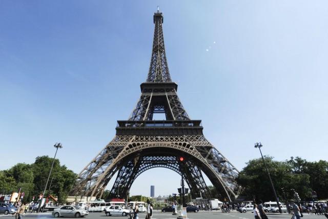 La Tour Eiffel.... (Photo Miguel Medina, archives AFP)