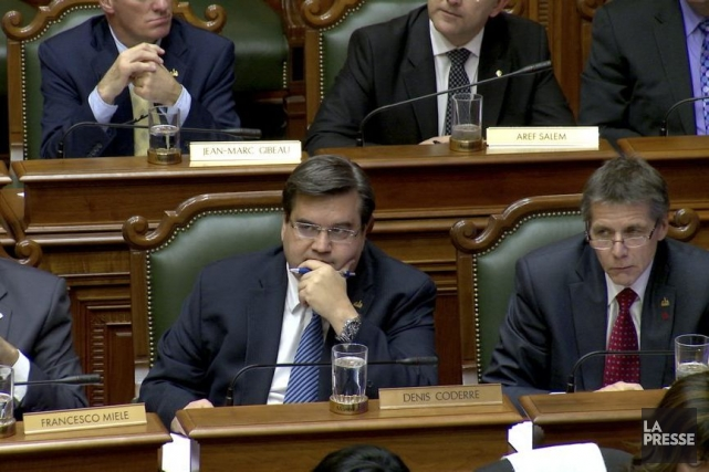 Le maire de Montréal Denis Coderre (à gauche)... (Photo Mathieu Waddell, archives La Presse)