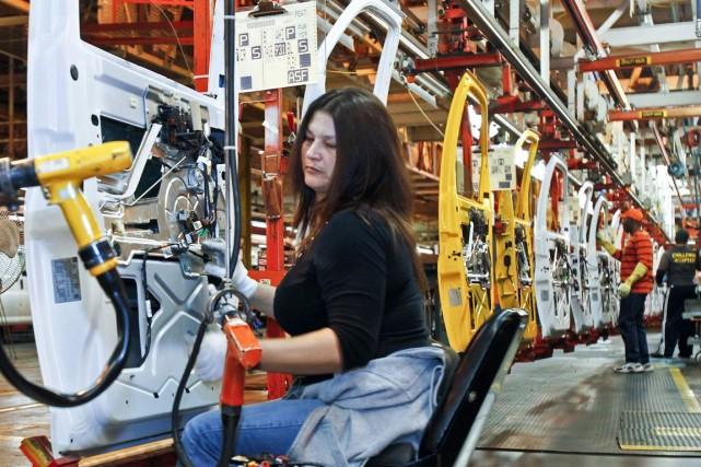 L'ISM manufacturier s'est établi à 53,2% en février... (Photo Archives Reuters)