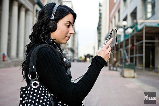 Les spécialistes voient dans les services en ligne... (Photothèque La Presse)