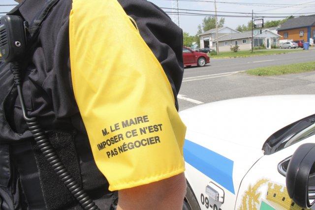 - 775822-signe-fraternite-policiers-granby-souhaite