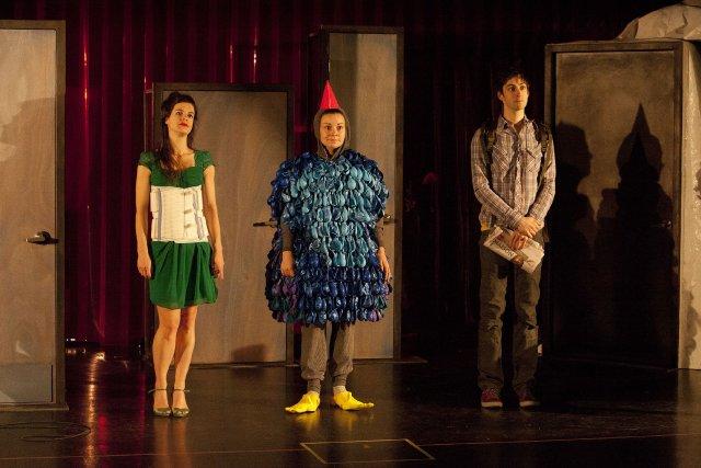 Appels entrants illimités est une«comédie baroque existentielle» selon... (Photo fournie par spinprod.com)