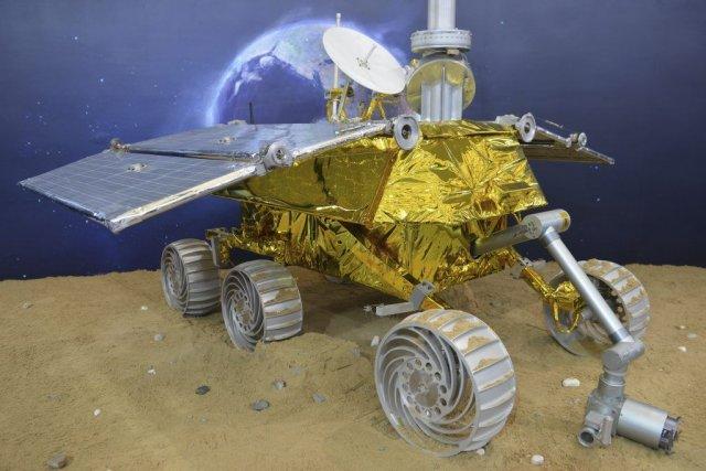 Le véhicule d'exploration téléguidé baptisé «Lapin de jade».... (Photo Reuters)
