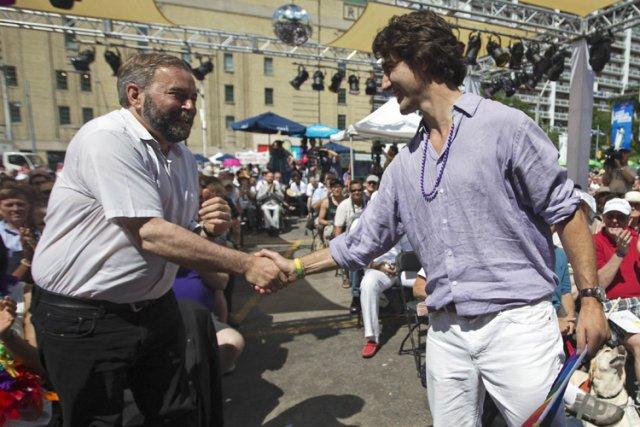 Thomas Mulcair et Justin Trudeau en des temps... (Photo: Reuters)