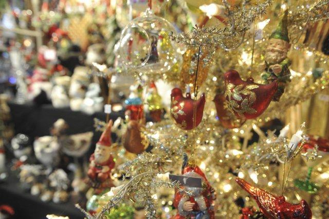 Les marchés de Noël ne sont plus réservés à l'Alsace ou à l'Allemagne. De plus... (Photo Archives Le Nouvelliste)