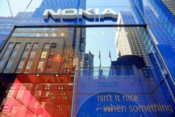 L'équipementier en télécoms finlandais Nokia (NOK) a fortement... (Photo archives AP)